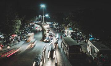 インドでおすすめの交通手段は、タクシー一択